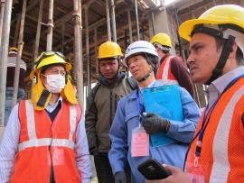 네팔 지진 부흥 지원의 직원 파견의 사진