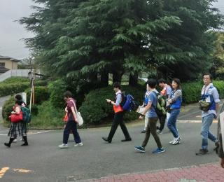 Muevo al lugar de refugio en caso de terremoto (Shinsai Hinan Basyo)