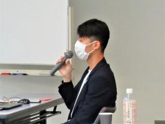 Lecturer photograph 1