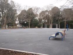 Izumichuo Park después del redevelopment