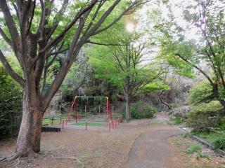 Fotografía 2 de Hiyoshihoncho Nishihara el parque