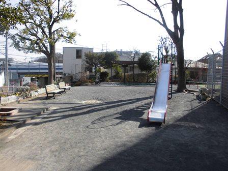 2, Hiyoshi estacionan la fotografía