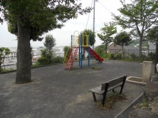 Es fotografía 2 del parque en foso de Mamedo
