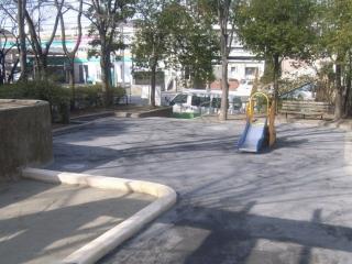 Fotografía 2 del Morooka Nakaya la puerta segundo parque