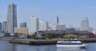 Es una imagen de roux de doc de reservación Crucero de Akarengasoko Yokohama.