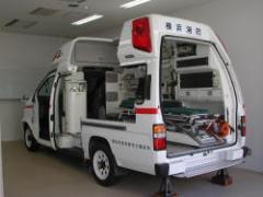 Corta a modelo del coche de emergencia