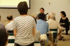 Participant who asks lecturer a question