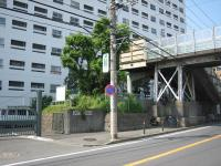 Railroad crossing (before maintenance) in front of Kagetsuen
