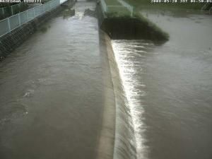 名瀨川洪水時