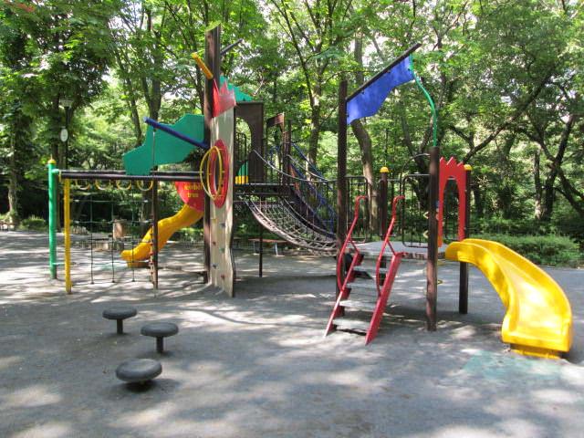 Equipo del patio de recreo compuesto