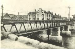 오오카강에 가설되는 벤텐바시(과거)의 이미지