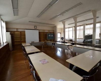 Photograph of current meeting room on the first floor
