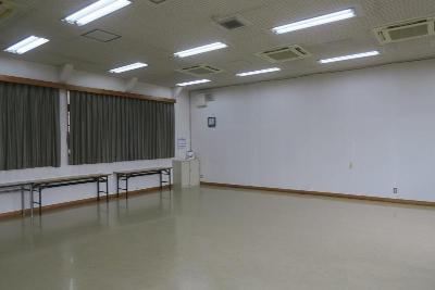 Photograph of meeting room out of one of the present