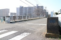 在照片點擊對恩田河的念佛橋遺跡的說明