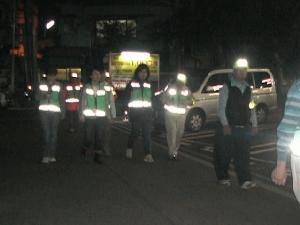 Anti-crime program patrol scenery by Idogaya district alliance Neighborhood Associations