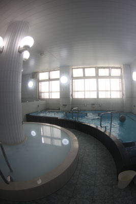 Milky bath (the image left) on the first floor