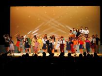 The stage photograph 5 of children