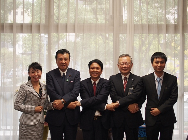 Committee on Water Works / Transportation Chairperson Koshiishi, Chairperson Kajimura, Nam chief of the bureau, Doi Channel chief of the bureau, min design section manager