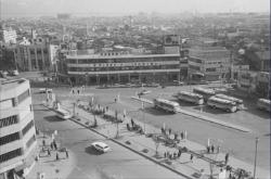 Image of Tsurumi Station East Exit (around 1975)